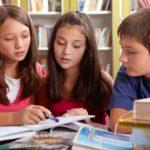 Estudiantes en escuelas cristianas Transformación o adoctrinamiento
