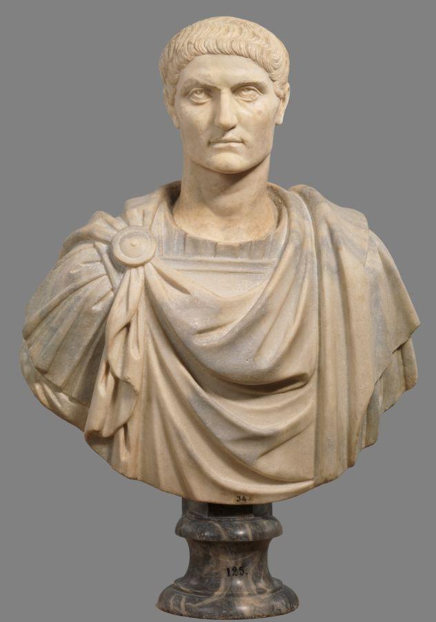 Fue Constantino en realidad el primer emperador cristiano